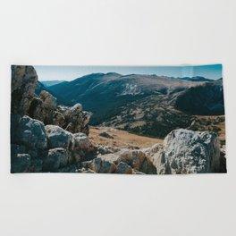MOUNTAIN AIR Beach Towel