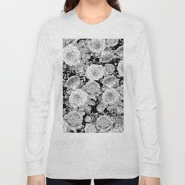 ROSES ON DARK BACKGROUND Long Sleeve T-shirt