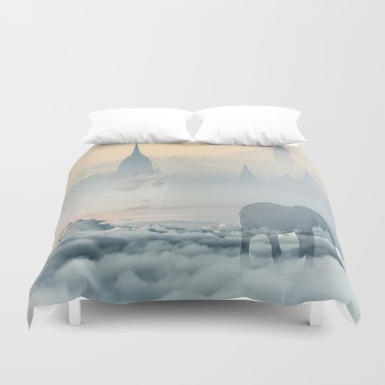 Walking through your dreams Duvet Cover