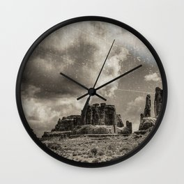 Moab Retro Panorama Wall Clock