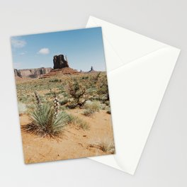 Blooming Southwest Desert Yucca Stationery Cards