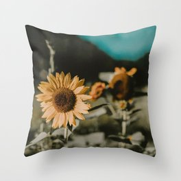 Sunflower Daze Throw Pillow
