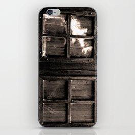 Ventana al pasado iPhone Skin