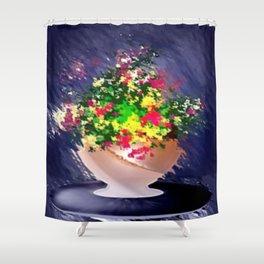 Ton und Blumen. Stilleben. Shower Curtain