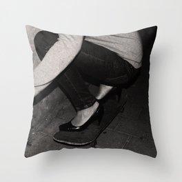 skateboarding girl Throw Pillow