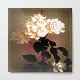 Weiße Rosen auf Leinen. Metal Print