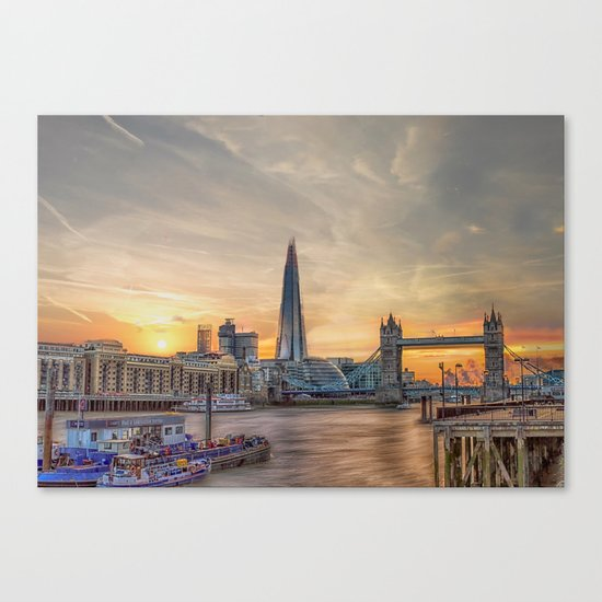 London Summer time Canvas Print