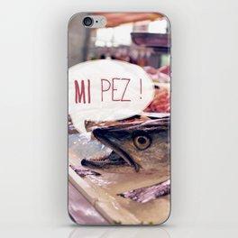 · Mi Pez · iPhone Skin