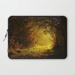 Via nel bosco Laptop Sleeve