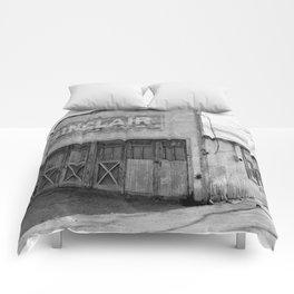 Sinclair Comforters