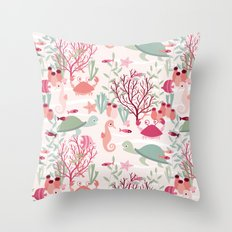 Life in the reef Throw Pillow