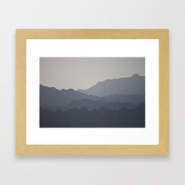 sunset across the peaks Framed Art Print