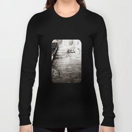 Reflection of the Taj Mahal Long Sleeve T-shirt