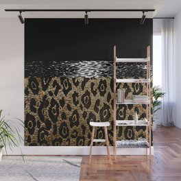 ANIMAL PRINT BLACK AND BROWN Wall Mural