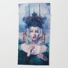 Self-Crowned Beach Towel