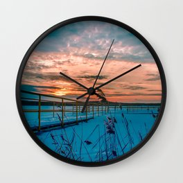 Waiting for the Summer Wall Clock