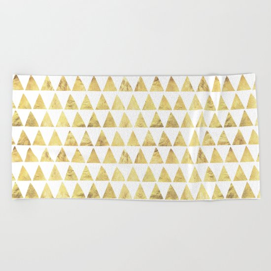 Triangles gold 6 Beach Towel