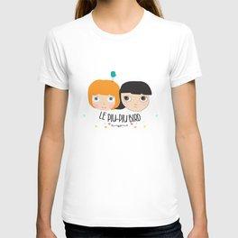 Blythe with a bird T-shirt