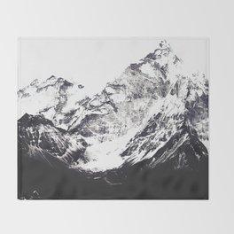 Into the wild #02 Throw Blanket
