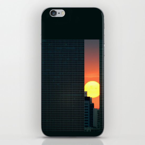In & Between iPhone & iPod Skin