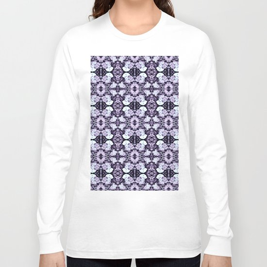 Violet  Roses Seamless Pattern Long Sleeve T-shirt