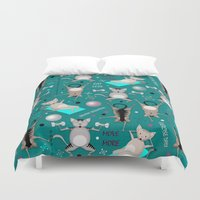 fitness Duvet Covers featuring Fitness for cats by Vannina