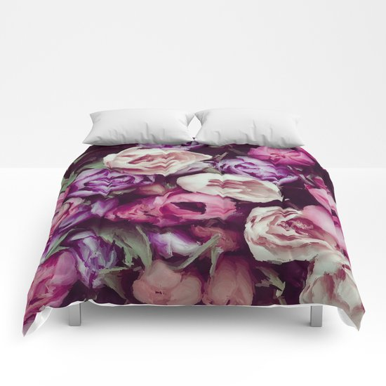 magnificent painted flowers Comforters