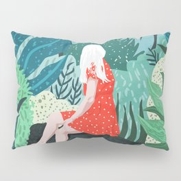 Forest Gaze Pillow Sham