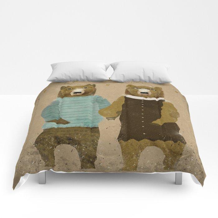 the happy couple Comforters