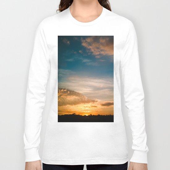 Where the sun rises Long Sleeve T-shirt