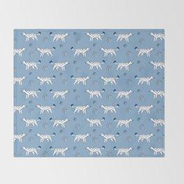 snow leopard pattern Throw Blanket
