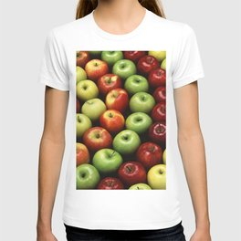 Red and Green Apples Displayed In A Pattern T-shirt