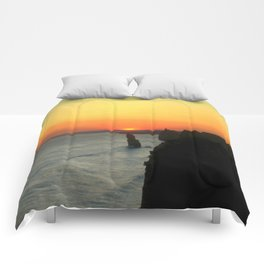 Sunsetting over the Great Southern Ocean Comforters