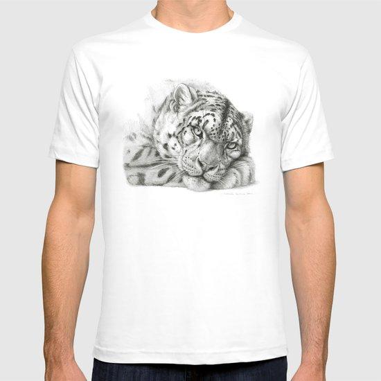 Pensive Snow Leopard G2011-011 T-shirt