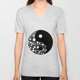 Yin Yang Circles Black And White Harmony Zen Gift Unisex V-Neck