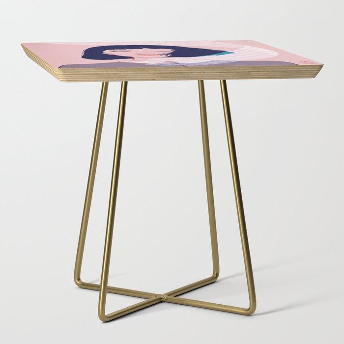 Grab Side Table