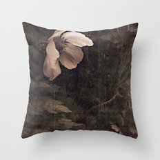 butterfly anemone Throw Pillow