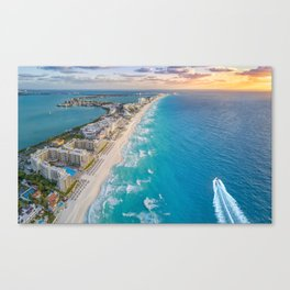 Cancun suns Canvas Print