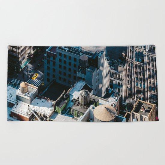 New York sky view Beach Towel