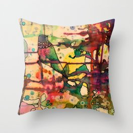 mais dis-moi comment? Throw Pillow