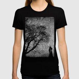 Boundaries Between T-shirt