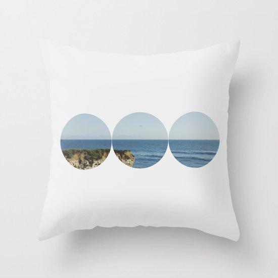 ROUND OCEAN Throw Pillow