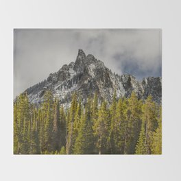 Call of the Wild - Mountain and Forest Throw Blanket