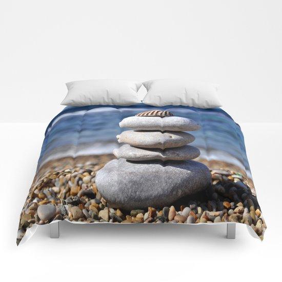 pyramid of stones Comforters