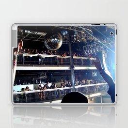 Deadmau5 - Terminal 5 NYC Laptop & iPad Skin