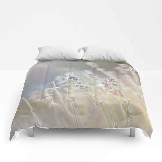 A touch of life Comforters