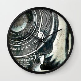retrospect Wall Clock