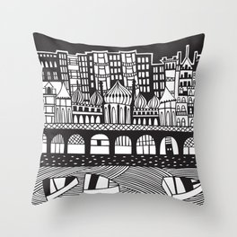 Brighton, England Throw Pillow