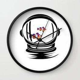 Astronaut Helmet Aquarium T Shirt Fish Tank Clownfish Gift Wall Clock