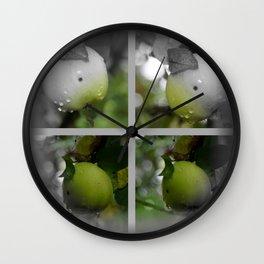 Apfel Wall Clock